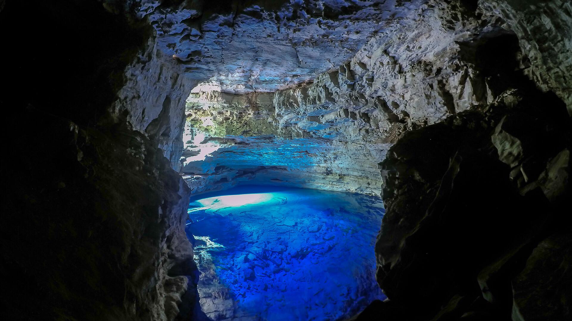Cave, Bonito